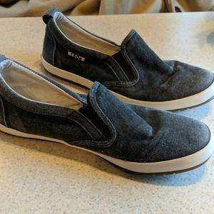 Taos blue slip-on sneakers size 8